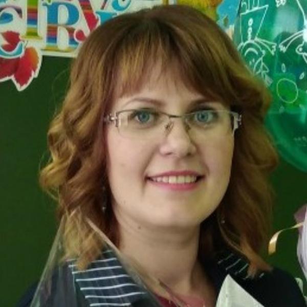 Анна Красова